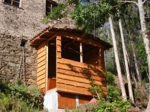 De uitkijkpost alias compost toilet is klaar